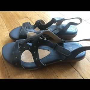 Naturalizer N5comfort blue leather sandal. Size 8w